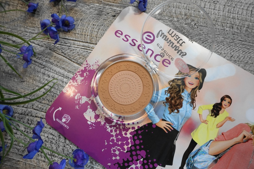 essence luminous matte bronzer