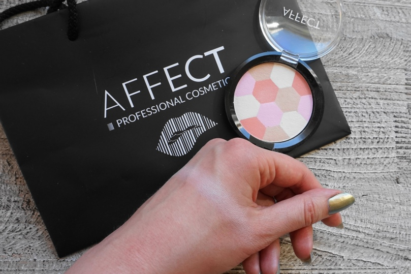 Affect cosmetics mosaic H0102