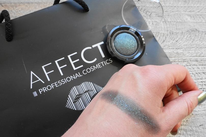 affect cosmetics W002