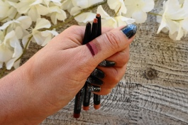 maybelline lip liner swatch