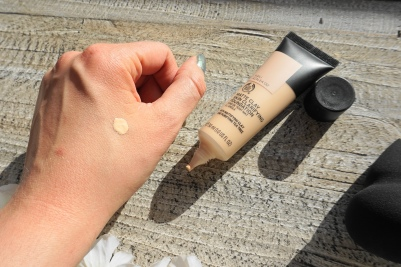 the body shop clay foundation swatch