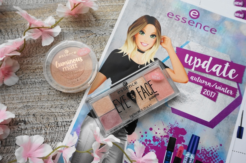 essence luminous matte eye and face palette